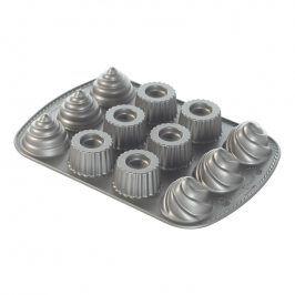 NordicWare Forma na 12 korpusů pro plněné dortíky Filled Cupcakes stříbrná, Nordic Ware